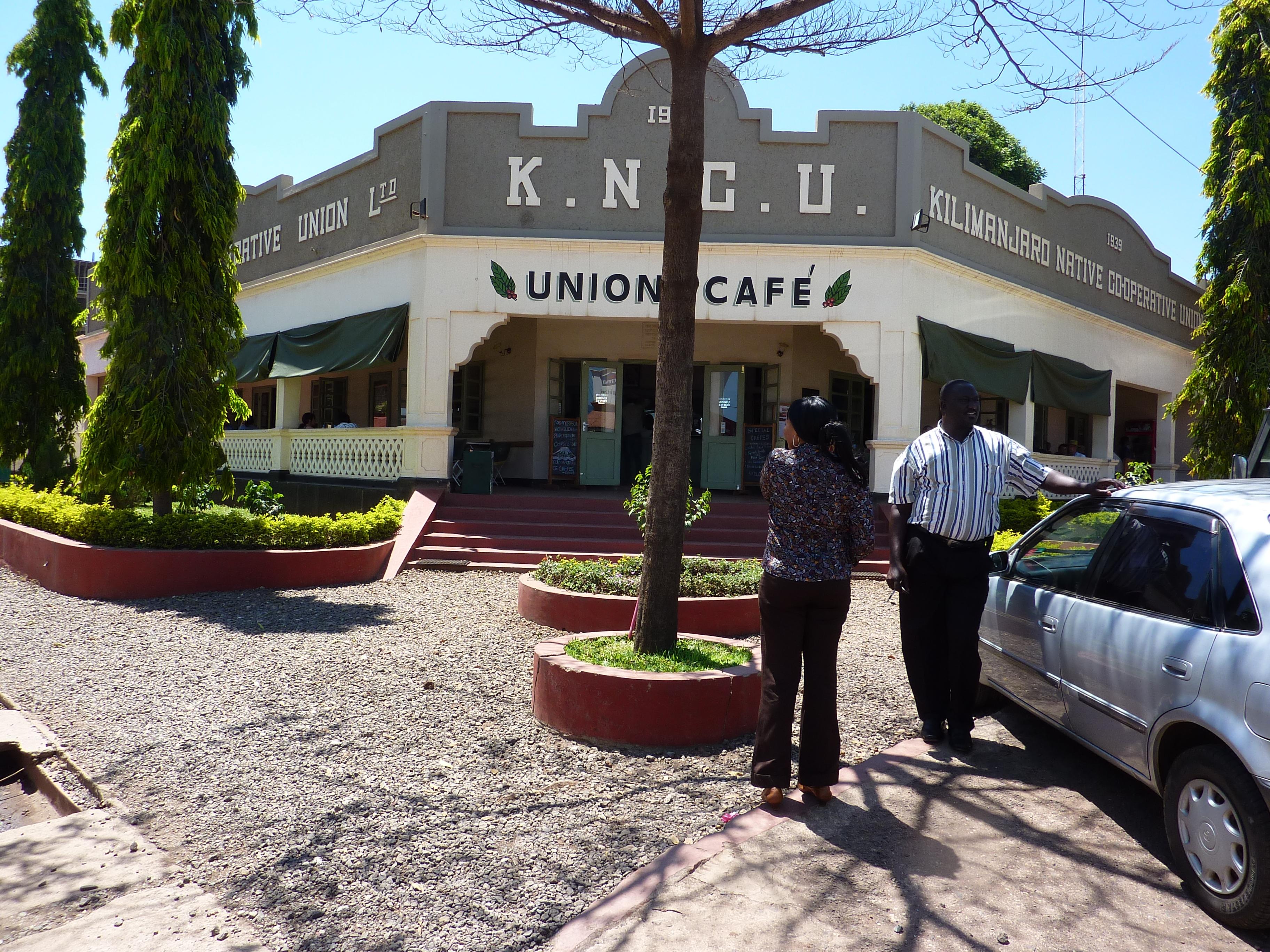Kncu on avannut kahvilan ensimmäiseeen toimistorakennukseensa